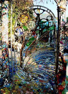 Mosaic garden gate Fence Gate, Fences, Interior Exterior, Mosaic Glass, Mosaic Art, Stained Glass, Dream Garden, Beautiful Gardens, Glass Garden