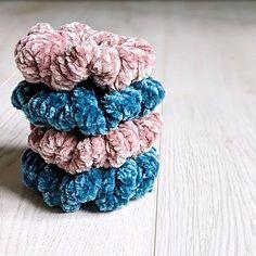 How To Make Scrunchies, Velvet Scrunchie, Ravelry, Knitting Patterns, Weather, Knits, Vancouver, Knit Patterns, Knit Stitches