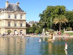 Jardin du Luxembourg in Paris, Île-de-France: a beautiful spot for a walk, picnic in the park, spot for photographs, and to catch the charming marionette theatre - the Petig Guignol.