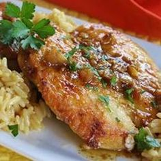 Pan-Seared Chicken Breasts with Shallots Quick, easy sauteed chicken breast recipe with a good Shallot Recipes, Pan Seared Chicken, Turkey Dishes, Menu, Breast Recipe, Food Dishes, Main Dishes, Dishes Recipes, Top Recipes