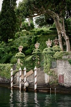 Water Gate of Villa Babianello, Lake Como More, Italy Places Around The World, Oh The Places You'll Go, Places To Travel, Around The Worlds, Lac Como, Siena Toscana, Tuscany, Beautiful World, Beautiful Places