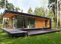 Mini Designer Holzhaus bauen lassen Have a mini designer build a wooden house Tiny House Cabin, Tiny House Living, Tiny House Plans, Tiny House Design, Modern House Design, Living Room, Building A Wooden House, Backyard Office, Casas Containers