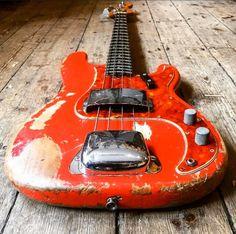 Bass, Music Instruments, Guitar, Flat, Musical Instruments, Double Bass, Guitars