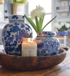 46 Affordable Blue And White Home Decor Ideas Best For Spring Time. 46 Affordable Blue And White Home Decor Ideas Best For Spring Time. Blue is a prevalent color. It is quiet and mitigating, yet frequently rich and dynamic. Blue helps us to remember […] Lampe Decoration, Table Decorations, Chinoiserie Chic, Chinoiserie Wallpaper, Blue And White China, White Home Decor, Spring Home Decor, Fall Decor, Blue Bedroom