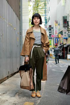 Area:Korea  Name:Soonjung Park  Age:22  Occupation:Modpop Fashion Assistant  Coat:decal comme  T-shirt:forever21  Pants:American Apparel  Shoes:mango  Bag:ZARA  Belt:no brand