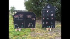 Free standing blackboards - perfect for play Outdoor Learning Spaces, Big Backyard, Blackboards, Outdoor Areas, Activities, Bird, Play, Outdoor Decor, Free
