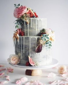 Beautiful wedding cake with figs