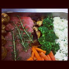 Sunday roast at the drift! Liverpool Street, Daily Specials, Sunday Roast, Beef, Chicken, Photos, Food, Meat, Eten