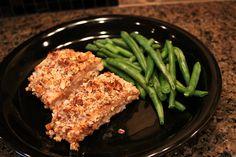 Low-carb crispy almond salmon recipe.  Recipe video:  http://youtu.be/wlHq-_lBj-0