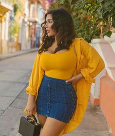 80 Awesome Plus Size Summer Outfits Ideas – Fashion and Lifestyle – Mode Outfits Curvy Outfits, Mode Outfits, Skirt Outfits, Trendy Outfits, Plus Size Outfits, Summer Outfits, Summer Clothes, Plus Size Summer Outfit, Denim Outfits