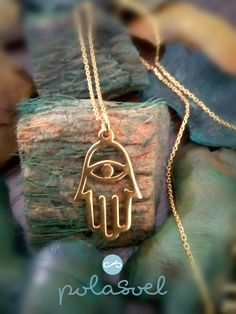 Chain neckalce ,Hamsa hand, silver 925 golden plated and pink golted plated by polasoeljewelry on Etsy Arrow Necklace, Gold Necklace, Thin Chain, Hamsa Hand, Hand Designs, Plating, Handmade Jewelry, Necklaces, Silver