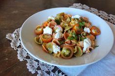 Na Cozinha da Té: Margaridascom mozzarella e tomate cereja  As cri...