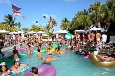 This pool party is at the SLS hotel in South Beach, Miami! Nothing but baking in the sun, being with friends, listening to amazing music, and of course.. getting drunk!!!! #southbeach #pool #hydebeach #miami #VIP #lux #luxury