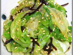 レタスを丸々1個食べちゃえ!塩昆布和えだの画像
