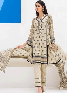 Women clothing Burberry - Women clothing For Fall Winter - Women clothing Ideas Summer - Women clothing For Fall Simple Simple Pakistani Dresses, Pakistani Fashion Casual, Pakistani Dress Design, Stylish Dress Designs, Stylish Dresses For Girls, Casual Dresses, Simple Dresses, Elegant Dresses, Women's Dresses