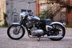 Musket Royal Enfield V-Twin  1