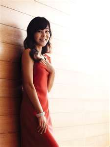 Yunjin Kim is a Koren actress best known for her role of Sun Kwon on Abc's LOST. Yunjin Kim, Sci Fi Series, Lost, Actresses, Actors, Celebrities, People, Sun, Photography