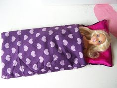 Barbie sleeping bag tutorial - The Barbie dolls show you how they made their own sleeping bags in this simple and fun tutorial from Creating my way to Success