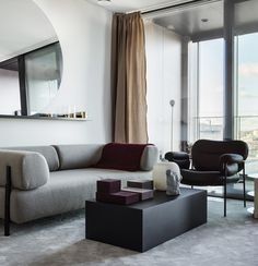 Hotel life in a flat - via Coco Lapine Design