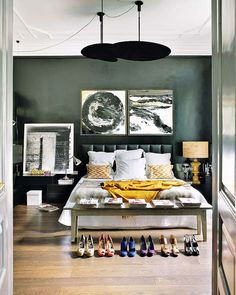 bedroom   colour   headboard