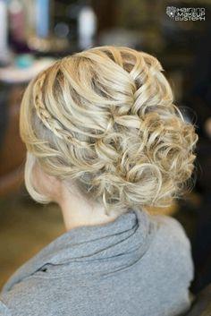 Curled Side-Bun with Braid