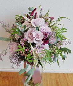#amandansail #novarese#vressetrose #wedding #blue #purple #bouquet #natural #flower #bridal #アマンダンセイル#ノバレーゼ#ブレスエットロゼ#ウエディング #クラッチブーケ#パープル# ブーケ #ラウンドブーケ#結婚式#ナチュラル#バラ