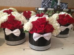 James bond-themed short centerpieces with bow ties. Thème James Bond, James Bond Party, James Bond Theme, Casino Theme Parties, Casino Party, Party Themes, Casino Night, Party Ideas, Short Centerpieces