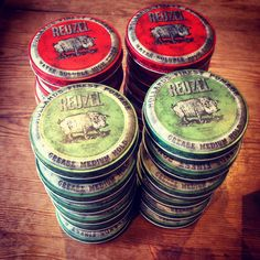 Reuzel pomade, hair product, pomade, slickback, rockabilly , side part , schorum , male grooming