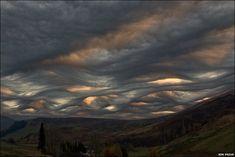 An Introspective World: Asperatus Clouds