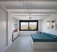 Browse images of minimalistic Bedroom designs by ariasrecalde taller de arquitectura. Find the best photos for ideas & inspiration to create your perfect home.