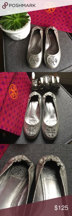 Tory Burch Metallic Silver Flats In Great Condition! Only worn a couple of times. Has very minimal signs of wear. Please see pictures. Bundle and save in my closet. I ship the same day depending on the time of purchase. Otherwise, the next day. Happy shopping and happy poshing! 😊❤️  It doesn't come with a box or dust bag. Tory Burch Shoes Flats & Loafers