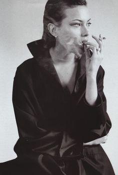 mario testino, model, shalom harlow, smokin, smoker, france, beauti, incongru, electron cigarett