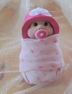 Clay BABY: Sitting Baby Soother Bonnet with Little by joycesclay