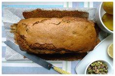 Lemon pistachio pound cake - Bizcocho de limón y pistacho | Sweetmariquilla