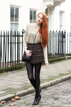 (via Olivia Emily - UK Fashion Blog.: Oatmeal.) - Strumpfmode