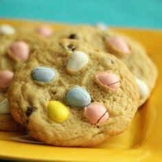 Cadbury Mini-Egg Cookies!!  love, love, love Cadbury mini-eggs!! @Nancy Mahlke will you make me some?