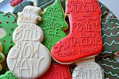 Easy Elegant Christmas Cookies Easy Elegant Christmas Cookies – Ellie's Bites Decorated Cookies Fancy Cookies, Iced Cookies, Cute Cookies, Royal Icing Cookies, Cookies Et Biscuits, Elegant Cookies, Frosted Cookies, 3d Christmas, Elegant Christmas