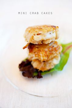 Crab cakes, loads of jumbo crab meat, the real deal. Easy, fast, and much… Crab Recipes, Asian Recipes, Appetizers For Party, Appetizer Recipes, Crab Appetizer, Easy Delicious Recipes, Yummy Food, Paella, Maryland