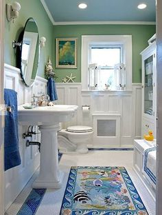 Great Idea to trim and use wainscoting on a small bathroom