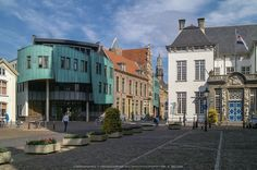Oude en nieuwe gemeentehuis