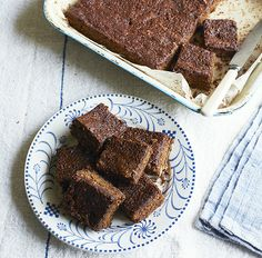 Resist eating this sticky parkin for a few days because it will become gloriously stickier and moist over time.