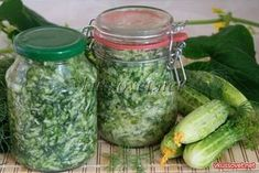 Заправка для окрошки на зиму - рецепт с фото пошаговый Jamie Oliver, Preserves, Pesto, Pickles, Cucumber, Frozen, Food And Drink, Healthy Eating, Soup