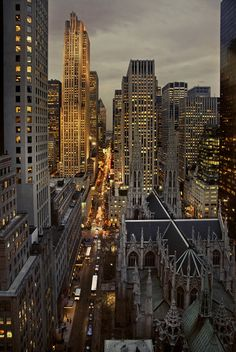Late in the afternoon (december in NY) Fifth Avenue by angelocesare on flickr