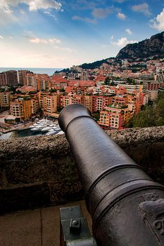 A canon overlooks Monaco below - a tempting prospect for an overactive imagination.