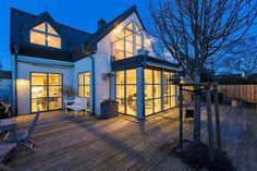 Casa Com Deck!por Depósito Santa Mariah