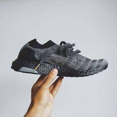 Un vistazo más de cerca a mi adidas ultraboost Custom NYC classic zapatos
