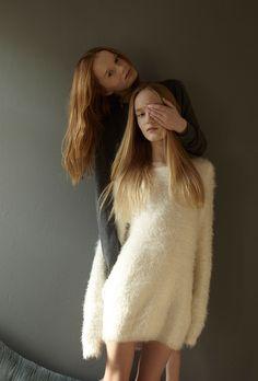 SÉRIE MODE : ENTRE DEUX EAUX Photography: Malin Ngoie | malinngoie.wordpress.com Styling : Bettina Vetter | bettinavetter.com Hair and Make-up: Claire Portman | claireportman.com Models: Alice and Sopie |graceandgalor.com