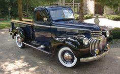 the get away car..er uh truck 1942 chevy