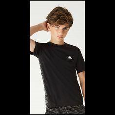 Teenager Haircuts Boys, Beauty Of Boys, Young Cute Boys, Teen Models, Modeling, Filter, Bae, Hair Cuts, Photoshoot