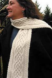 Ravelry: Celtic Cable Scarf pattern by Vanessa Lewis . Geflecht Celtic Cable Scarf pattern by Vanessa Lewis Knitting Patterns Free, Knit Patterns, Free Knitting, Loom Knitting Scarf, Free Pattern, Easy Patterns, Knit Or Crochet, Crochet Scarves, Crochet Bikini